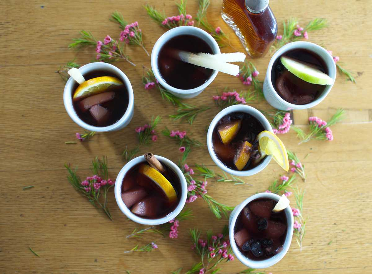 Mexican Mulled Fruit Punch