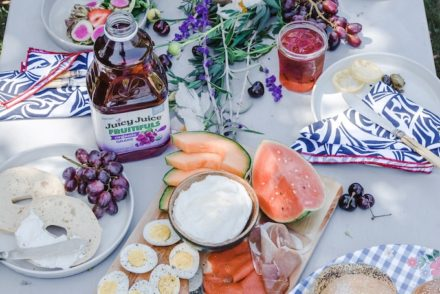 This ultimate summer entertaining guide is loaded with endless, easy ideas, menus, and tips that will have you partying from Memorial Day to Labor Day. #summerentertaining #summerpartyideas #summermenus #easysummerideas