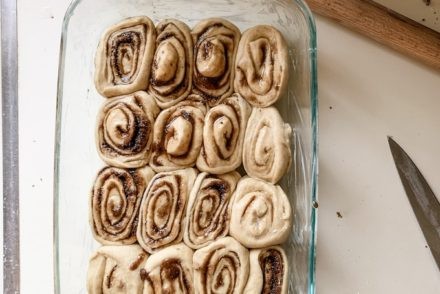 Cinnamon rolls ready to bake plus 10 more recipes you are going to want to try this week. #holajalapeno #10recipestotry #weeknightdinner #dinnerrecipes