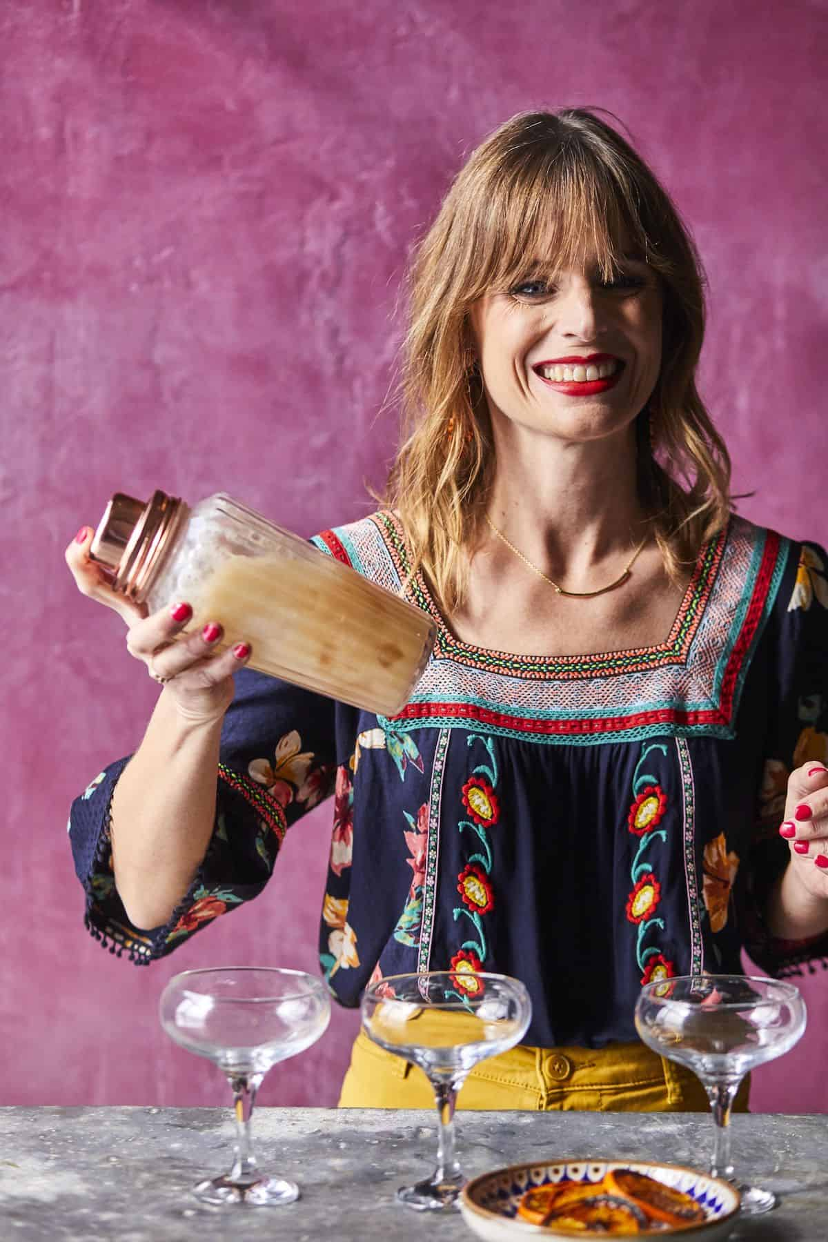 Your quarantine-ready Cinco de Mayo party guide is here! With a pantry-heavy Mexican party menu, mezcal cocktails, even fun DIY ideas to keep the kids busy. #cincodemayo #cincodemayoparty #cincodemayorecipes #mexicanpartymenu